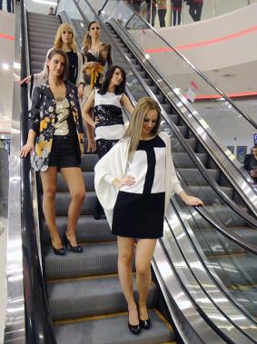 """Ревю на LIST във Варна с участието на модели от агенция """"Пауър Подиум"""""""