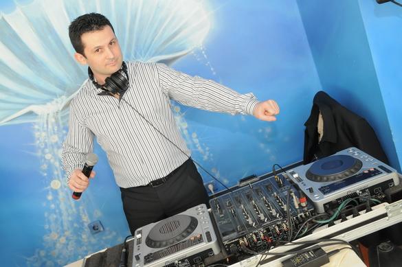 Party DJ's