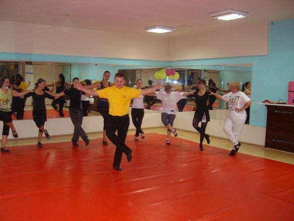 Танцова школа Възрожденци