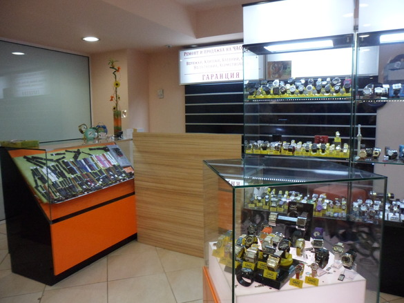Часовникарски магазин Мол Варна